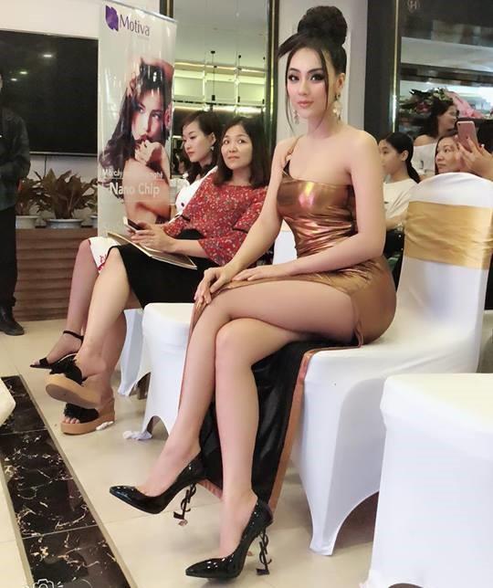Hot girl Nga Tây: Mang thai vẫn đẹp nóng bỏng, sau sinh về dáng tức thì nhờ áp dụng duy nhất 1 bí quyết   - Ảnh 11.