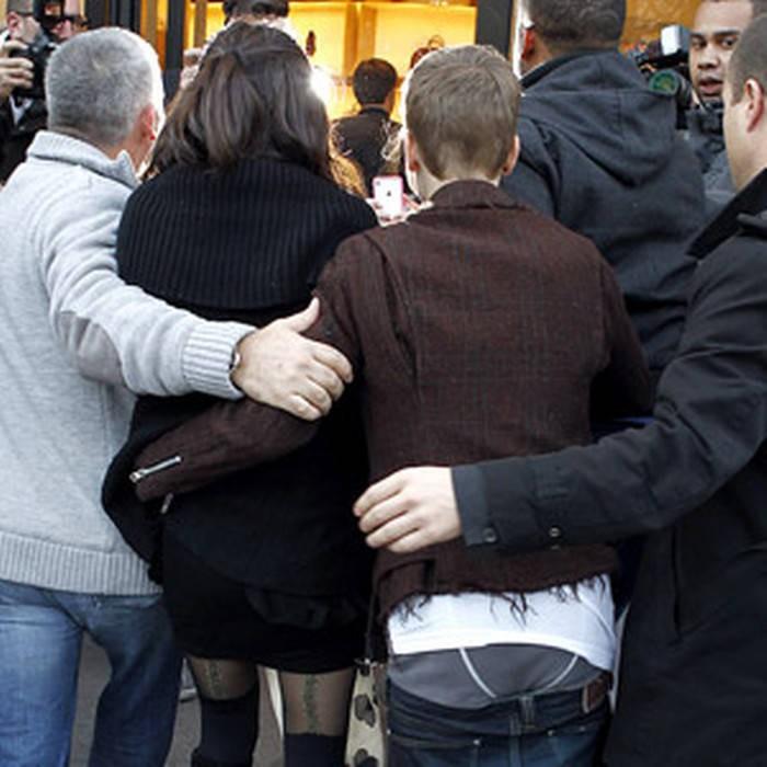 Từ Selena đến Hailey, người thương có thể đổi chứ quần tụt lộ mông sẽ mãi trường tồn cùng Justin Bieber - Ảnh 5.