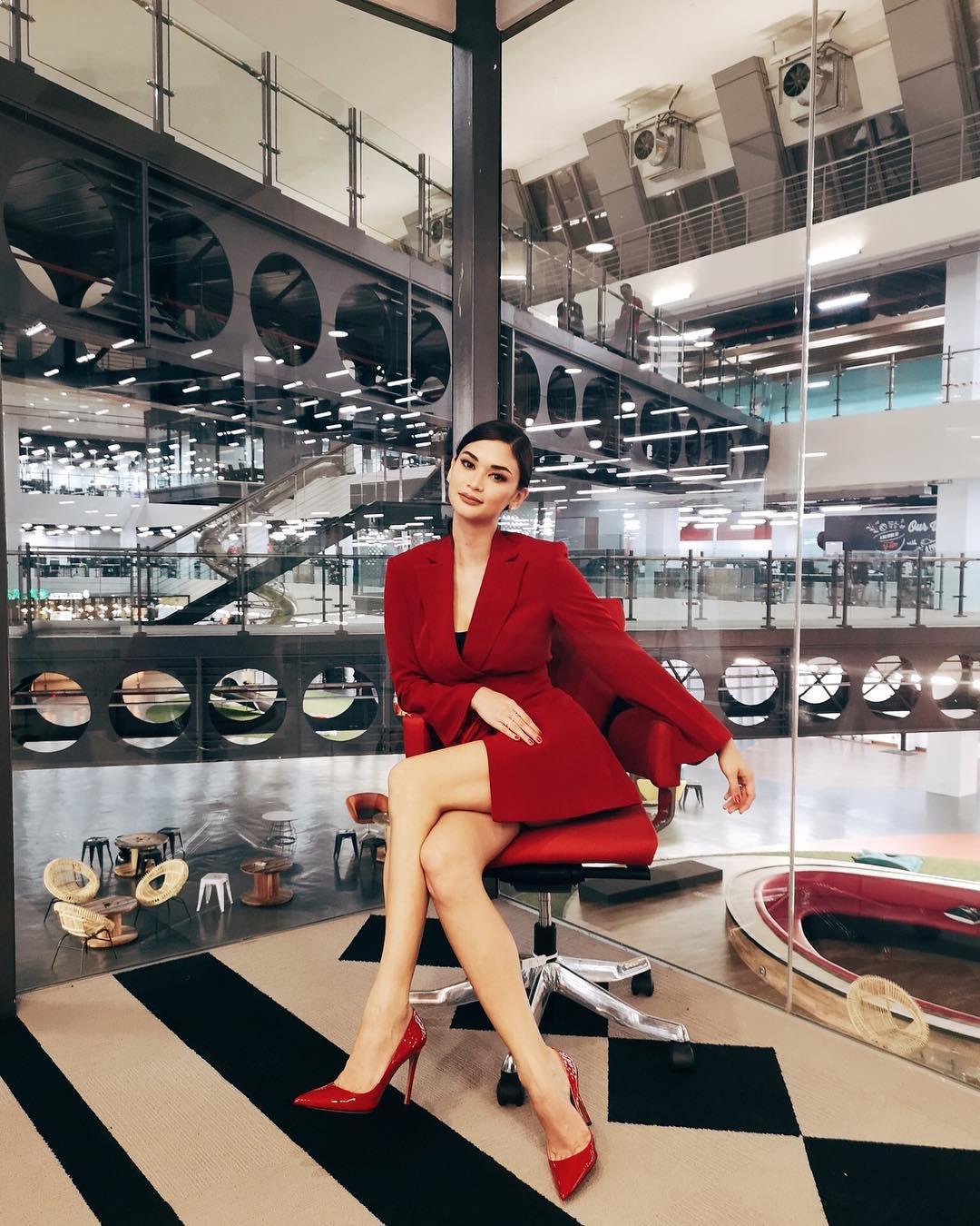 Sau 3 năm đăng quang, Pia Wurtzbach khiến dân tình phát sốt với sắc vóc quá đỗi nóng bỏng, gu thời trang đơn giản mà đẹp khỏi bàn - Ảnh 17.