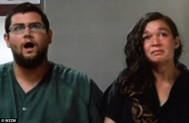 Bé gái 10 tháng tuổi với đôi mắt trũng sâu, tử vong trong xe đẩy và sự thật khủng khiếp về cặp vợ chồng kỳ quái  - Ảnh 2.