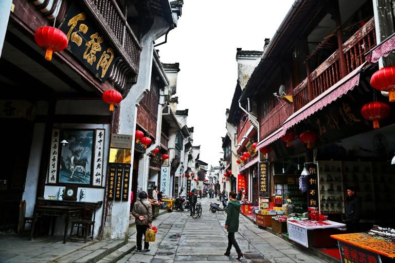 7 khu phố cổ phải ghé một lần trong đời ở châu Á, số 5 ngay ở Việt Nam - Ảnh 6.