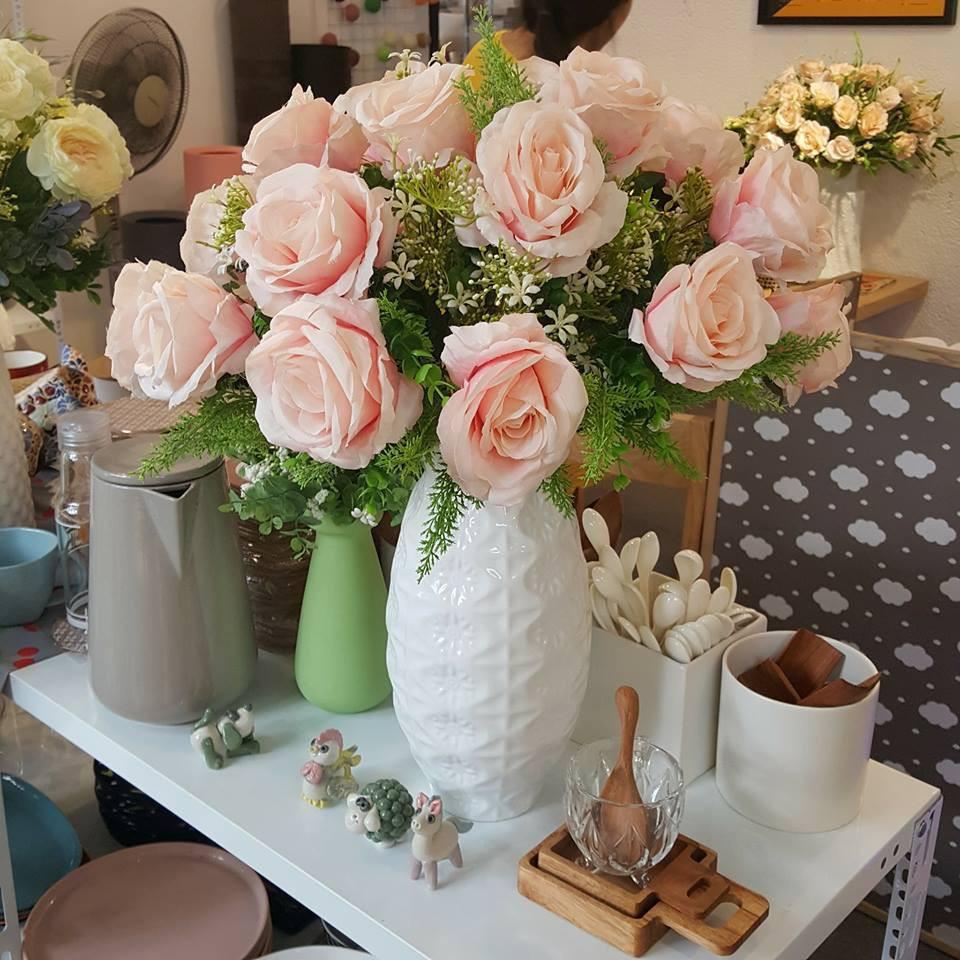 Hoa lụa đẹp không khác gì hoa thật -  thú chơi mới của những chuyên gia trang trí nhà cửa - Ảnh 9.