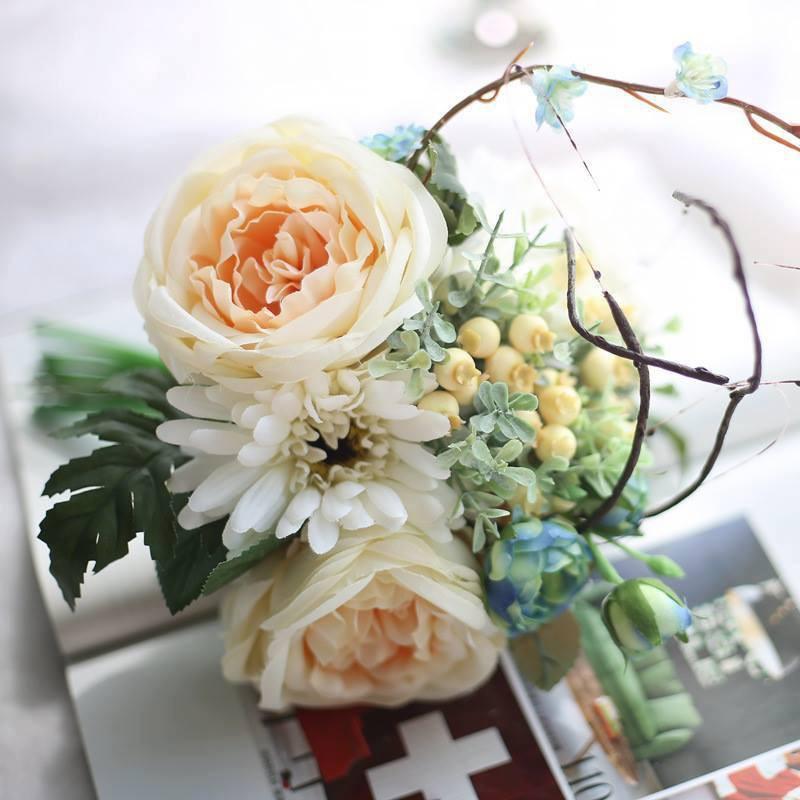 Hoa lụa đẹp không khác gì hoa thật -  thú chơi mới của những chuyên gia trang trí nhà cửa - Ảnh 6.