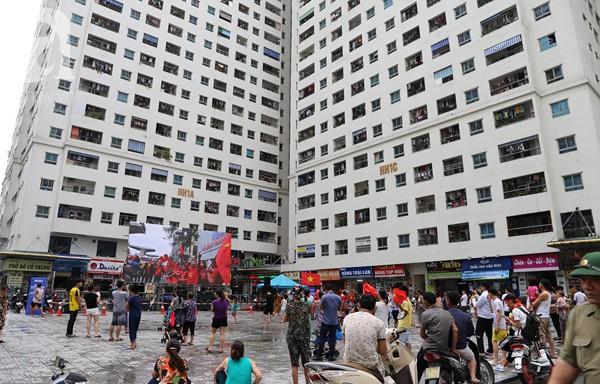 Chơi trội, chung cư vạn dân HH Linh Đàm lại dựng màn LED 32 mét vuông tiếp lửa cho Olympic Việt Nam   - Ảnh 6.