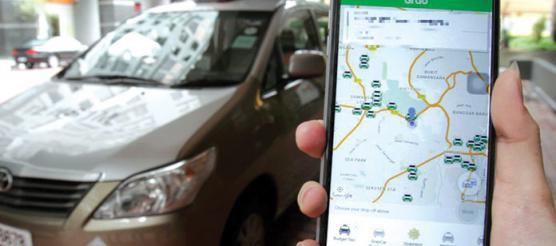 Trai nghiem kinh hoang cua co nang xinh dep di taxi cong nghe gap ngay tai xe