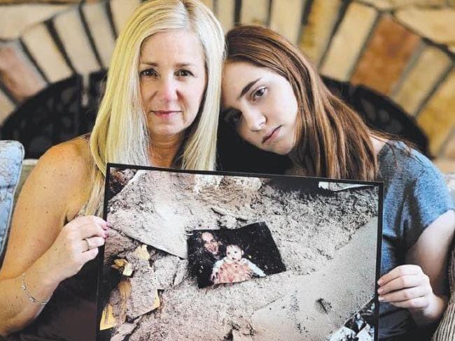 Chuyện về bức ảnh trong đống đổ nát ngày khủng bố Mỹ 11/9 và hành trình 15 năm đi tìm điều kỳ diệu của vị nhiếp ảnh gia người Úc - Ảnh 4.