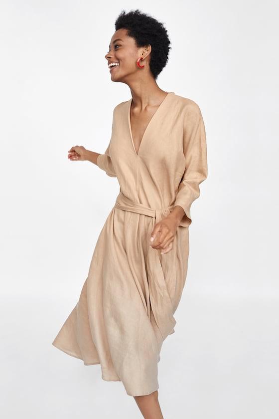 Duyên dáng như Hà Hồ diện váy liền dạo phố đón nắng thu, Zara và H&M cũng gợi ý 10 mẫu váy midi siêu nữ tính dành riêng cho bạn - Ảnh 4.