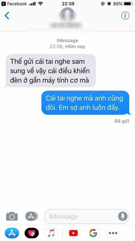 Ly hon sau 2 nam chung song, chong cu lay luon xe may vo tang con mat day nhan tin doi lai tai nghe