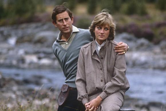 Công nương Diana tiết lộ về đời sống tình dục với Thái tử Charles vẻn vẹn trong hai từ mà không ai có thể tưởng tượng nổi - Ảnh 2.