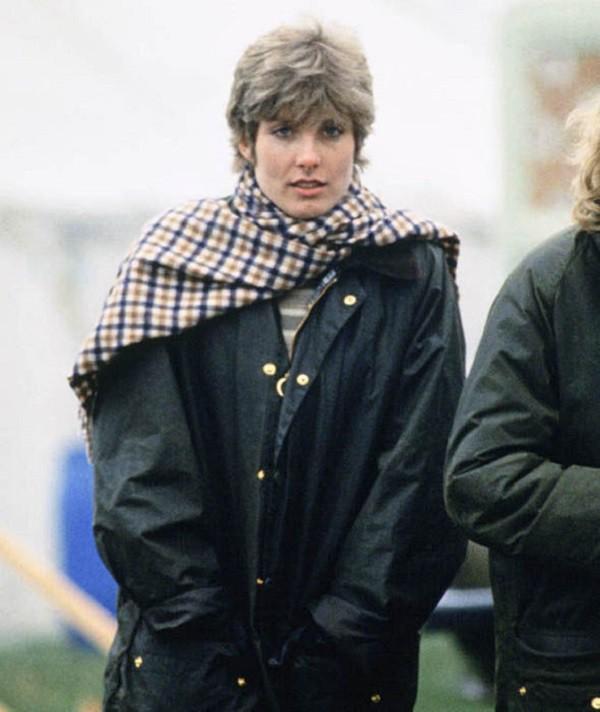 Ngỡ chỉ có tình tay 3 ồn ào với Công nương Diana và Công tước Camilla, không ngờ Thái tử Charles còn cả list dài người yêu cũ thế này - Ảnh 5.