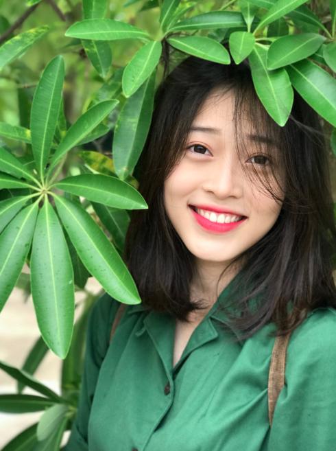 Top 3 Hoa hậu Việt Nam 2018: Ai cũng xinh và có điểm chung này trên khuôn mặt không phải ai cũng nhận ra  - Ảnh 5.
