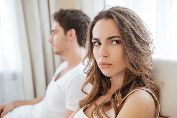 Mẹ chồng can ngăn không cho tôi ly hôn, tôi ung dung nói một câu khiến bà sốc tận óc   - Ảnh 1.
