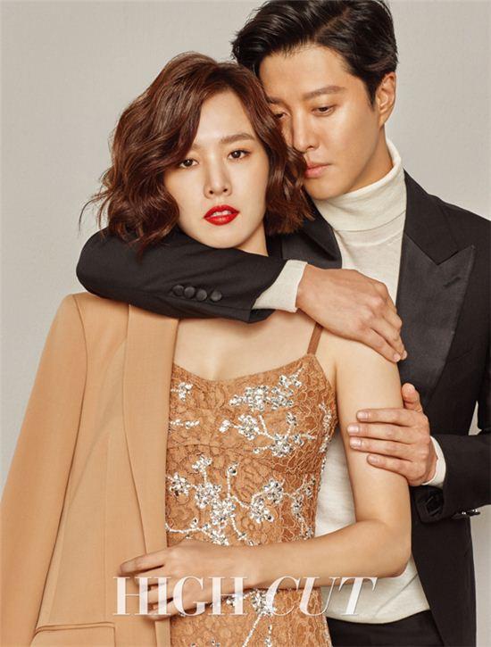Lộ diện hình ảnh hiếm hoi của tiểu công chúa nhà cặp đôi bị ghét nhất Hàn Quốc Lee Dong Gun - Jo Yoon Hee - Ảnh 2.