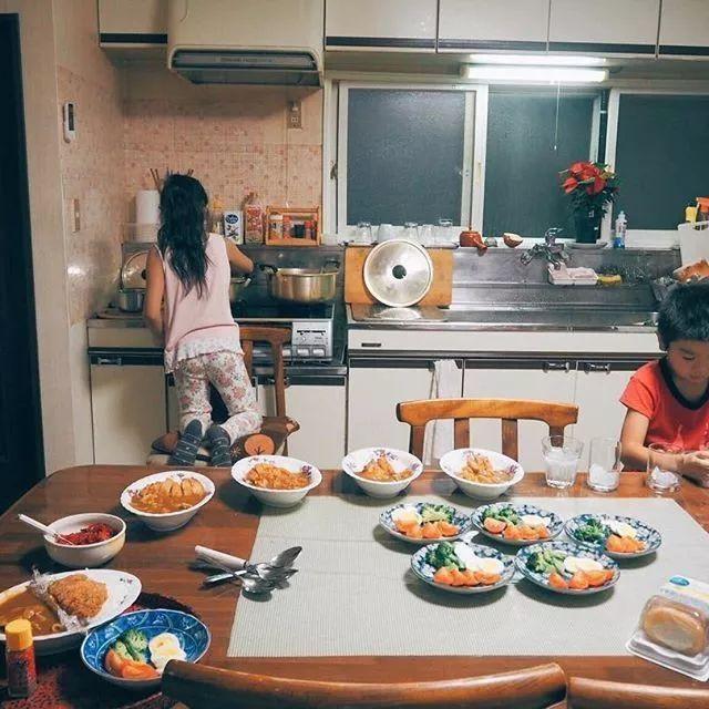 Cuộc sống yên bình bên ngôi nhà gỗ của gia đình 4 người ở vùng nông thôn Nhật Bản - Ảnh 30.