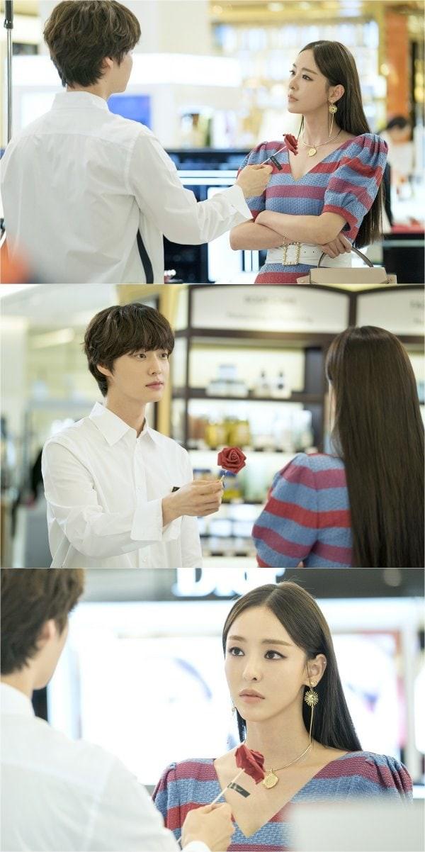 Bỏ rơi vợ Goo Hye Sun ở nhà, Ahn Jae Hyun sánh đôi cùng gái lạ - Ảnh 6.