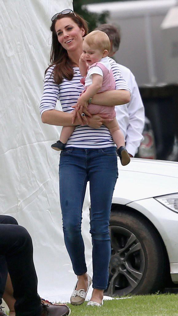 Đây là việc Công nương Kate Middleton luôn làm mỗi khi con mè nheo, cáu gắt và nó thực sự hiệu quả - Ảnh 8.
