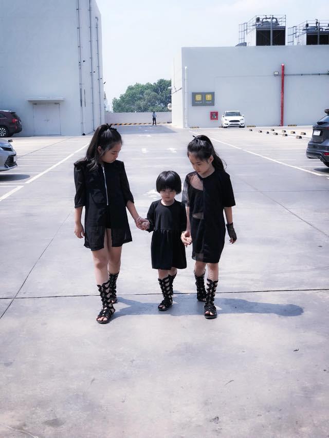 28 tuổi đã sinh 5 cô con gái, mẹ trẻ dành cả thanh xuân để đẻ chia sẻ niềm vui đông con ai cũng ngưỡng mộ - Ảnh 12.