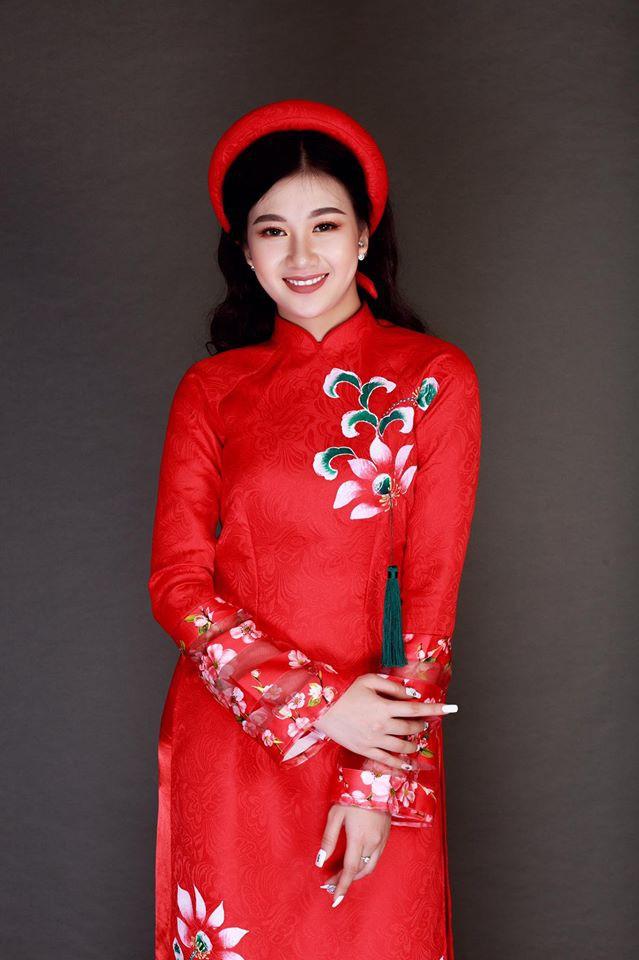 Vẻ đẹp mong manh của Như Phương - cô nàng Quảng Trị sinh năm 1999, đang được cả MXH nghi vấn là người yêu của cầu thủ Đức Chinh - Ảnh 3.