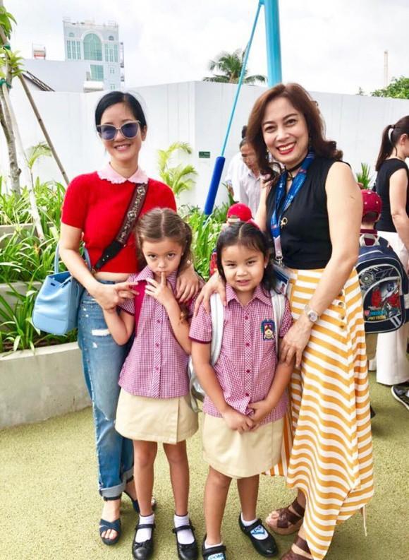 Xem loạt nhóc tỳ nhà sao Việt xúng xính đồng phục dự lễ khai giảng đầu năm học mới - Ảnh 3.