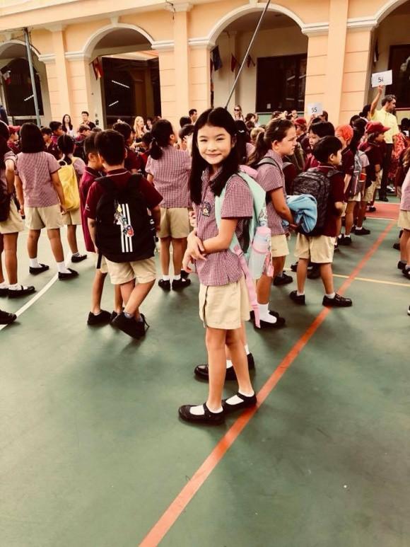 Xem loạt nhóc tỳ nhà sao Việt xúng xính đồng phục dự lễ khai giảng đầu năm học mới - Ảnh 15.