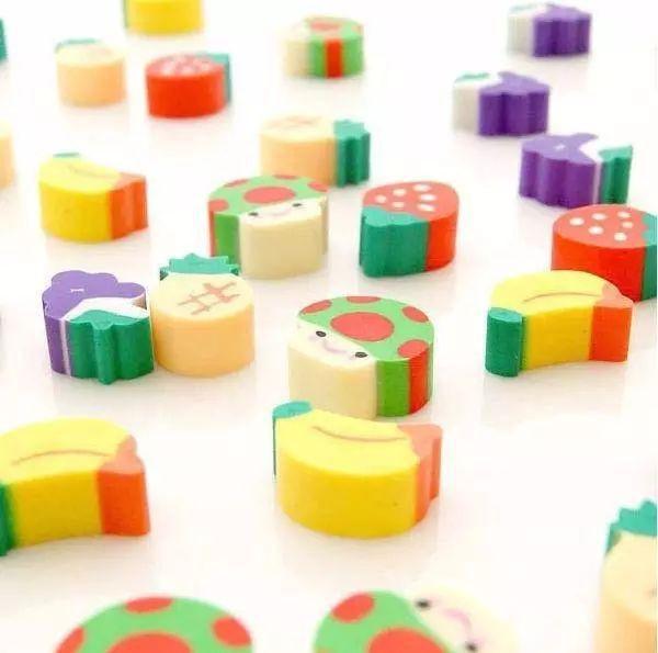 Những dụng cụ và đồ chơi chứa nhiều độc tố, cha mẹ tuyệt đối nên tránh mua cho trẻ sử dụng - Ảnh 2.