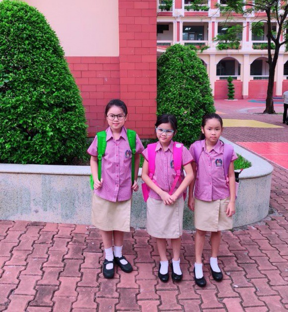 Xem loạt nhóc tỳ nhà sao Việt xúng xính đồng phục dự lễ khai giảng đầu năm học mới - Ảnh 18.