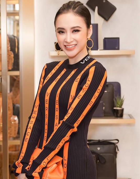 Mặc váy đầm lộng lẫy thôi là chưa đủ, phải trang điểm đẹp, chọn son môi xuyệt tông nhưng Angela Phương Trinh mới hoàn hảo - Ảnh 8.