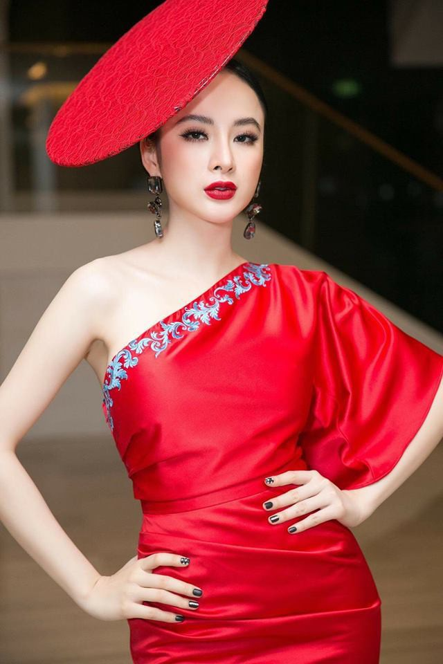 Mặc váy đầm lộng lẫy thôi là chưa đủ, phải trang điểm đẹp, chọn son môi xuyệt tông nhưng Angela Phương Trinh mới hoàn hảo - Ảnh 6.