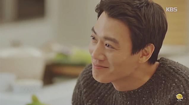 Vừa cầu hôn Shin Se Kyung dứt lời, Kim Rae Won đã tíu tít nói cười với gái xinh - Ảnh 5.