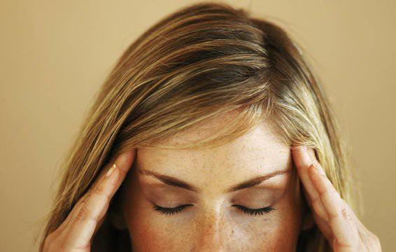 6 dấu hiệu cảnh báo cơn đau nhức đầu bạn đang gặp là không bình thường và cần đi khám ngay - Ảnh 6.