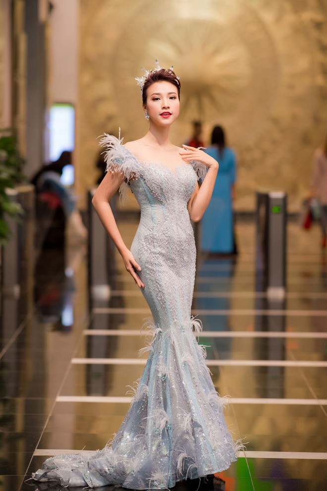 Đây là những gam màu được các người đẹp Việt ưu ái mở màn cho xu hướng sắc màu năm 2018 - Ảnh 24.
