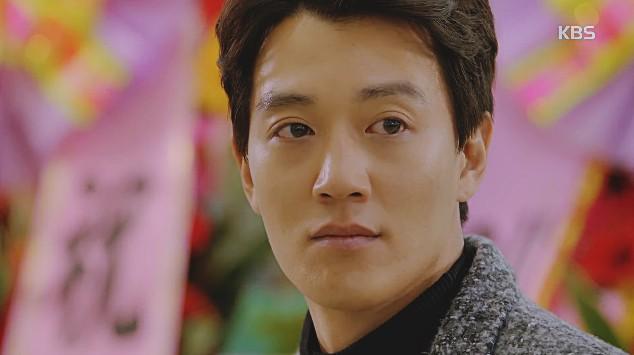 Cuồng nhiệt thế này, Kim Rae Won đã xứng là nam diễn viên hôn giỏi nhất màn ảnh Hàn hay chưa? - Ảnh 2.