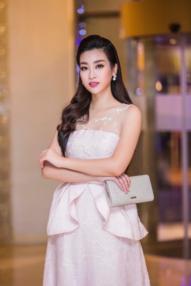 Đây là những gam màu được các người đẹp Việt ưu ái mở màn cho xu hướng sắc màu năm 2018 - Ảnh 19.