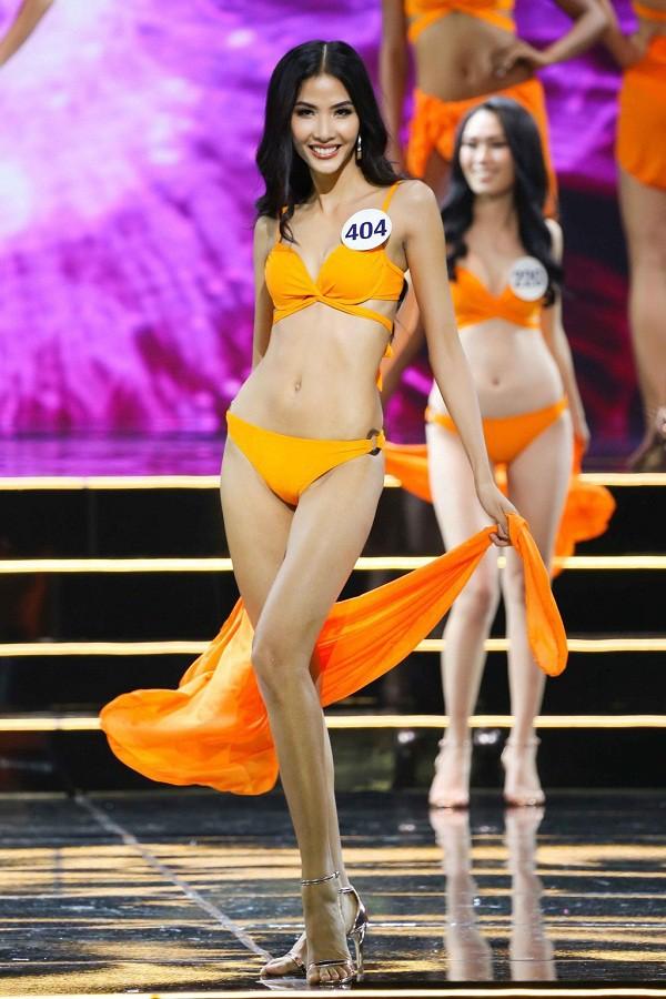 Nhan sắc nào sẽ đăng quang ngôi vị cao nhất của HHHV Việt Nam 2017? - Ảnh 3.