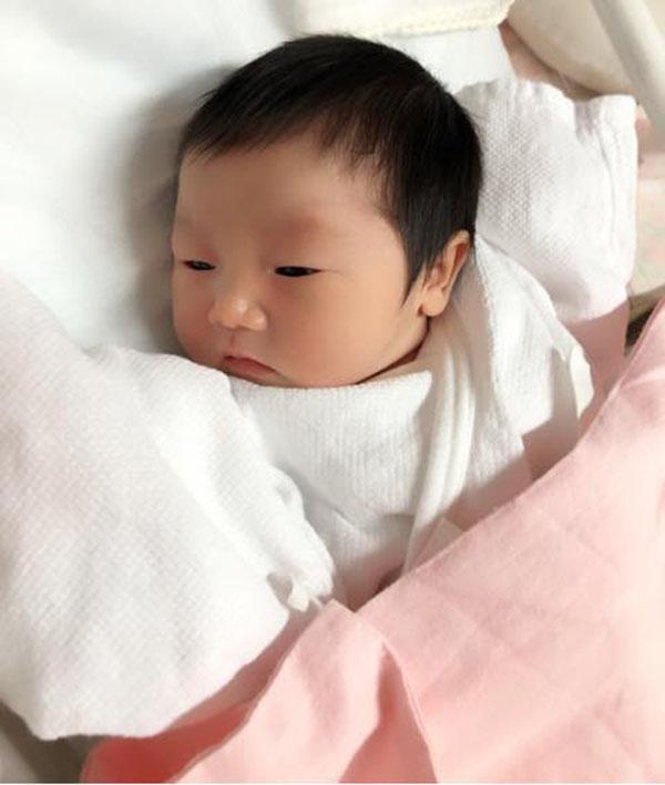 Mẹ Việt ở Nhật kể chuyện sinh con đầu lòng và bữa cơm bệnh viện với những món cực lạ - Ảnh 3.