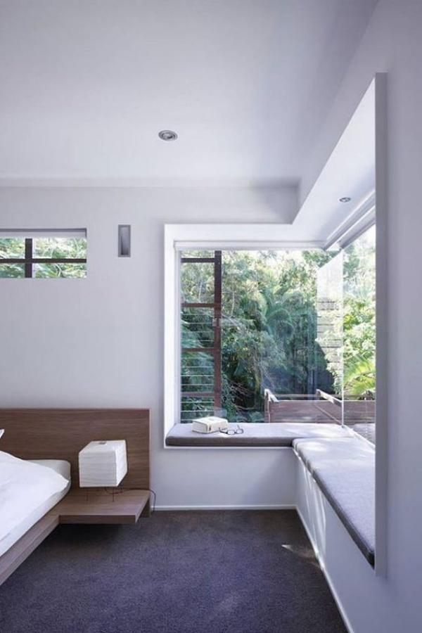 Góc đọc sách bên cửa sổ đẹp lãng mạn cho những ngày gió lạnh - Ảnh 8.