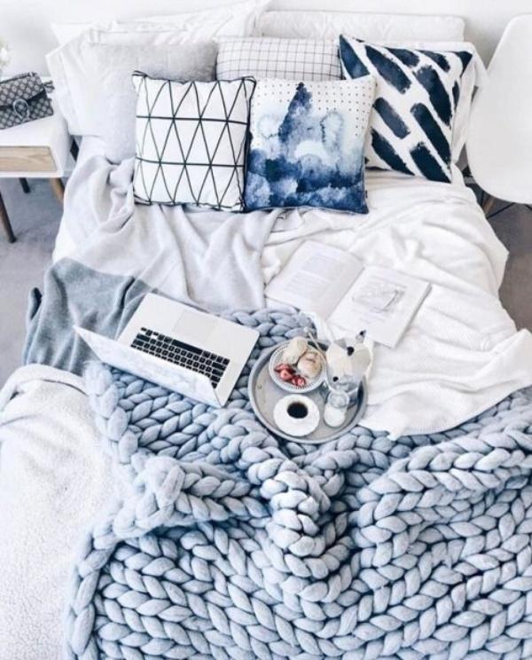 Những ý tưởng trang trí nhà bằng len cho không gian sống mùa đông vừa đẹp vừa ấm - Ảnh 3.
