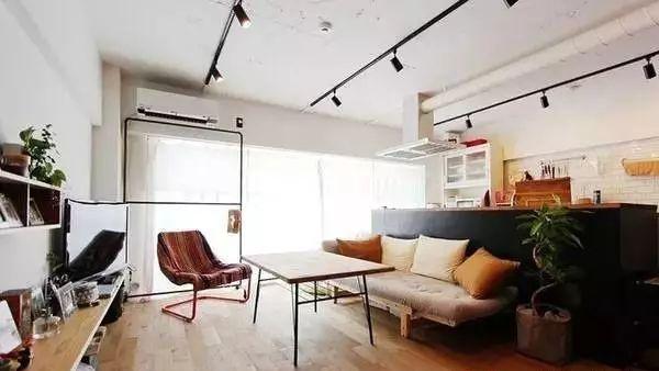 Bí quyết làm mới nhà bằng cách cải tạo sàn nhà và nội thất - Ảnh 5.