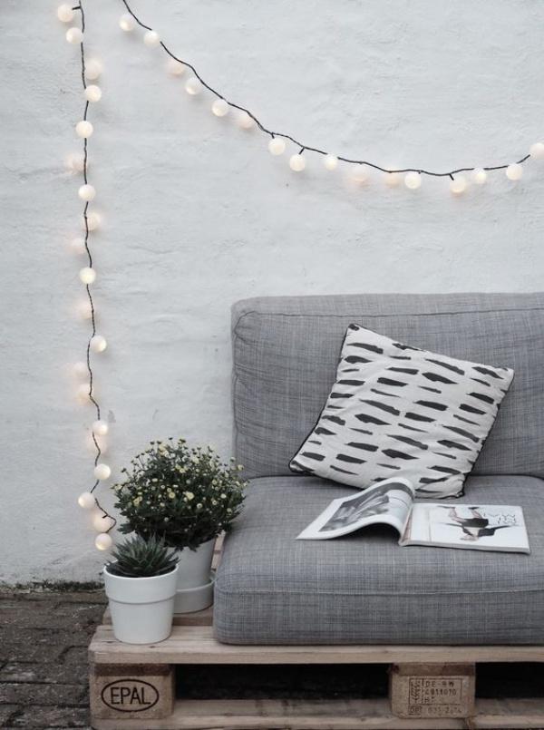 Ban công lung linh, đẹp lãng mạn về đêm với vô vàn ý tưởng thú vị làm đẹp bằng ánh sáng - Ảnh 4.