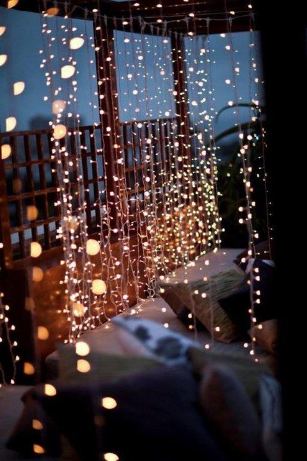 Ban công lung linh, đẹp lãng mạn về đêm với vô vàn ý tưởng thú vị làm đẹp bằng ánh sáng - Ảnh 11.