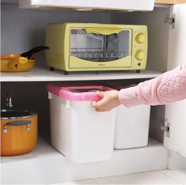 Căn bếp nhỏ luôn gọn gàng và tiện lợi nhờ khéo chọn 8 vật dụng thông minh này - Ảnh 1.