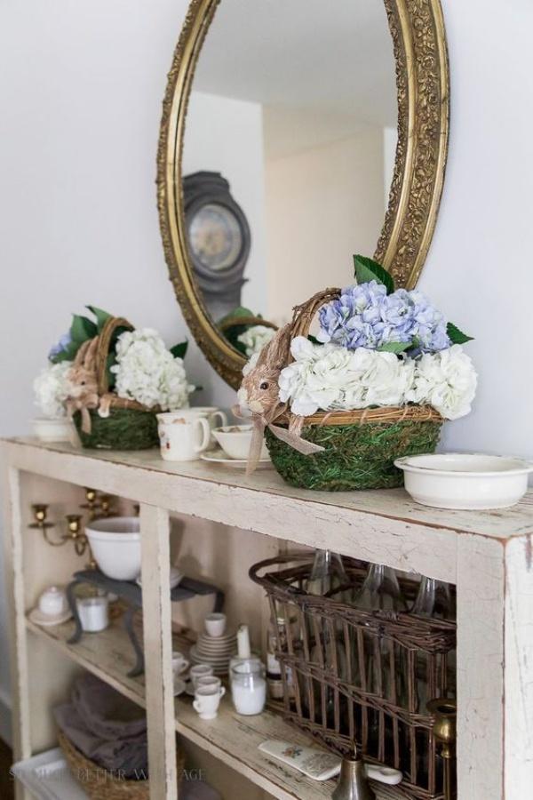 Những ý tưởng décor bàn cũ vô cùng ấn tượng cho không gian sống đẹp cuốn hút - Ảnh 4.