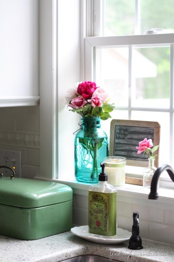 Những cách cắm hoa sáng tạo giúp nhà bạn lúc nào cũng đẹp như trong một vườn hoa - Ảnh 2.