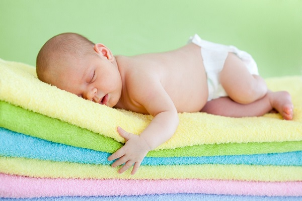 Lý do các chuyên gia Nhi khoa hàng đầu thế giới luôn khuyên cha mẹ nên đặt trẻ sơ sinh nằm ngửa khi ngủ - Ảnh 4.