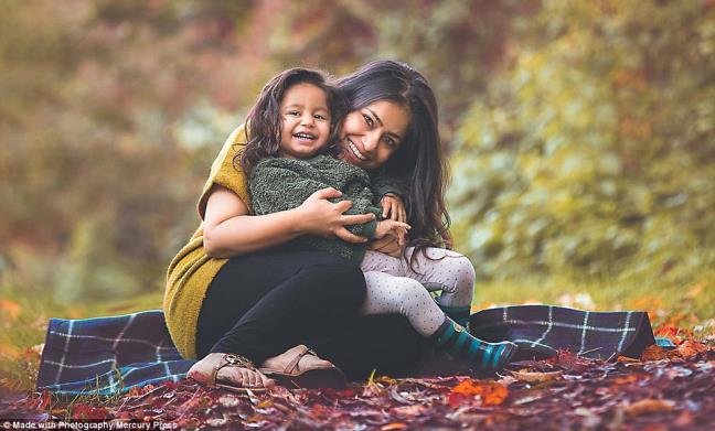 Ngắm những thiên thần bé nhỏ say gấc bên thú cưng đáng yêu - Ảnh 28.