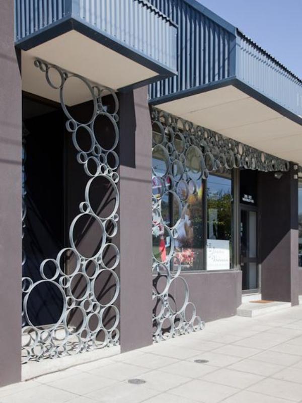 Gợi ý những cách sáng tạo cho không gian đẹp bất ngờ khi tận dụng ống nhựa PVC - Ảnh 1.