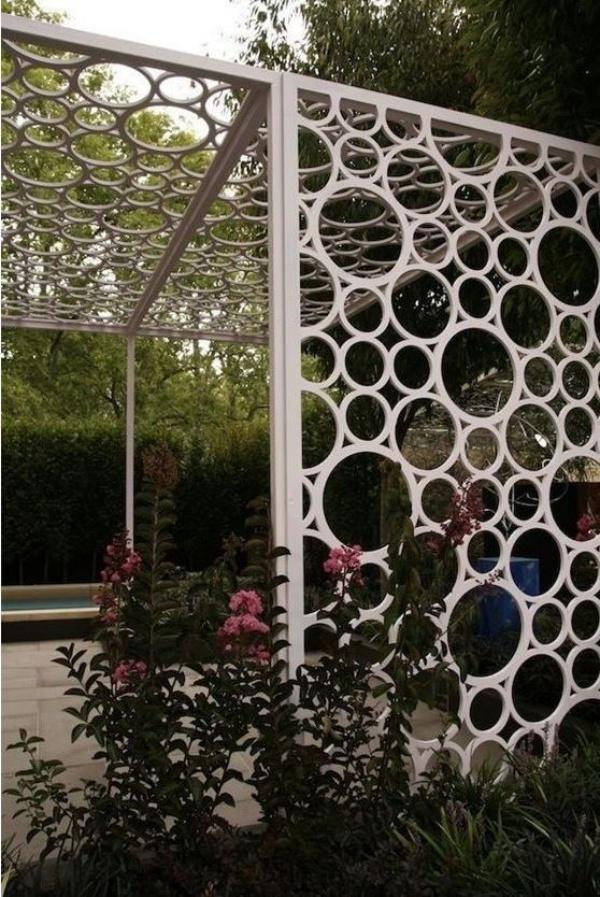 Gợi ý những cách sáng tạo cho không gian đẹp bất ngờ khi tận dụng ống nhựa PVC - Ảnh 4.