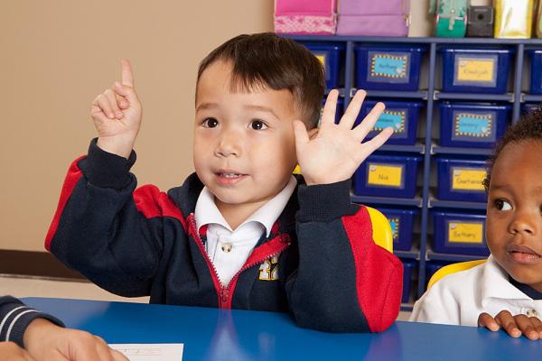Những kĩ năng tối thiểu nhất mẹ không thể bỏ qua khi chuẩn bị cho con vào lớp 1 - Ảnh 1.