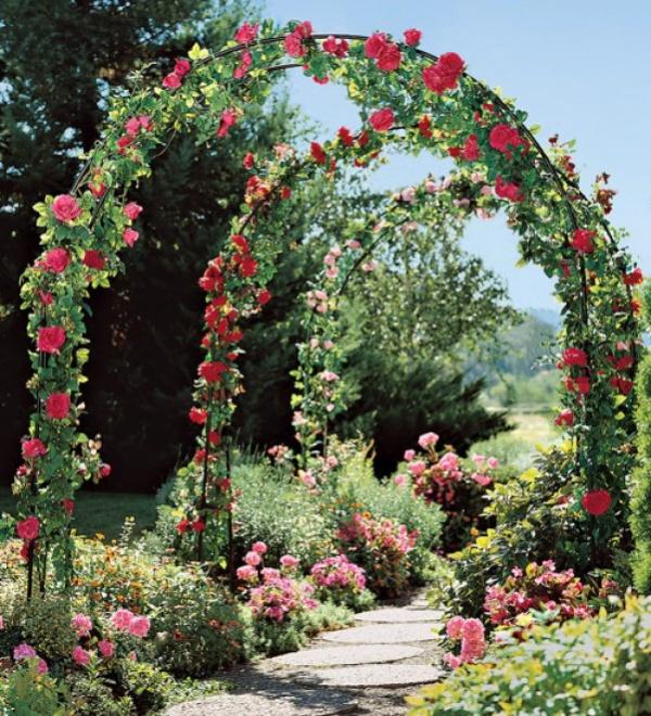 Những khu vườn trở nên lãng mạn và ngọt ngào nhờ cổng vòm rực rỡ sắc hoa - Ảnh 4.