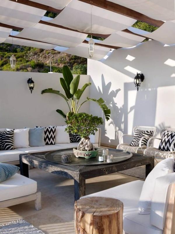 Phòng khách ngoài trời, ý tưởng tuyệt vời tận hưởng hương vị mùa hè - Ảnh 3.